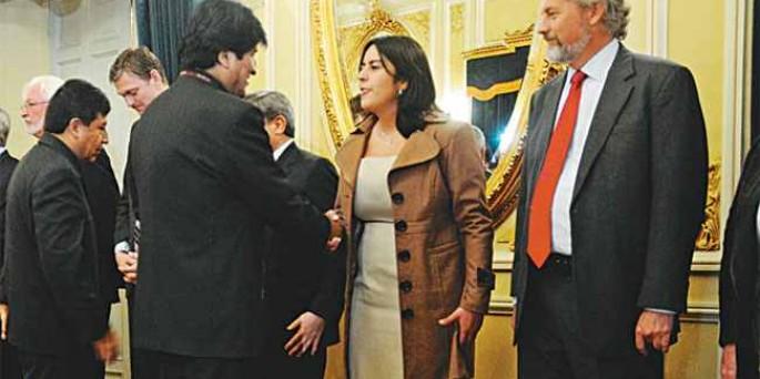 U.S. halts economic aid to Bolivia citing expulsion of USAID