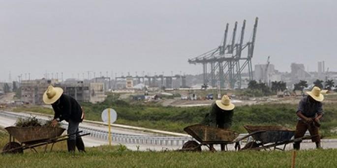 In Spain, Cuban official invites investors