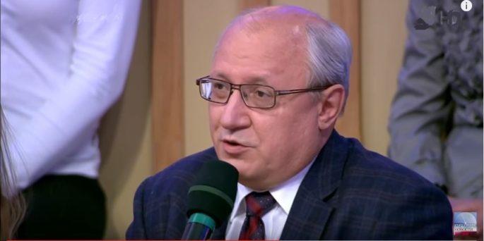 Russian politologist: Trump will surely squeeze Cuba